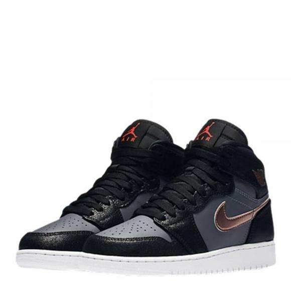 info for 6d4ad 49c1c NEW Nike Air Jordan 1 Retro High Shoes womens/kids